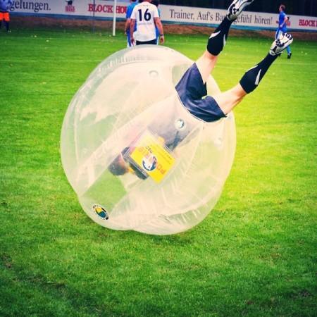 Venez découvrir le Bubble Foot avec Be Event Sensation Nantes