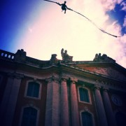Bungee Ejection, manège ejector place du capitole à Toulouse avec Be Event Sensation