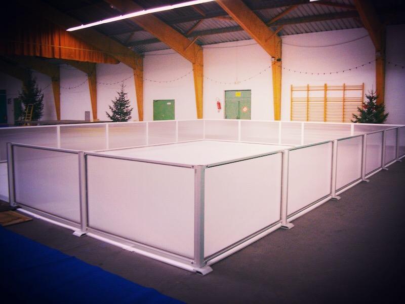 Prestation centre commercial avec patinoire synthétique Nantes