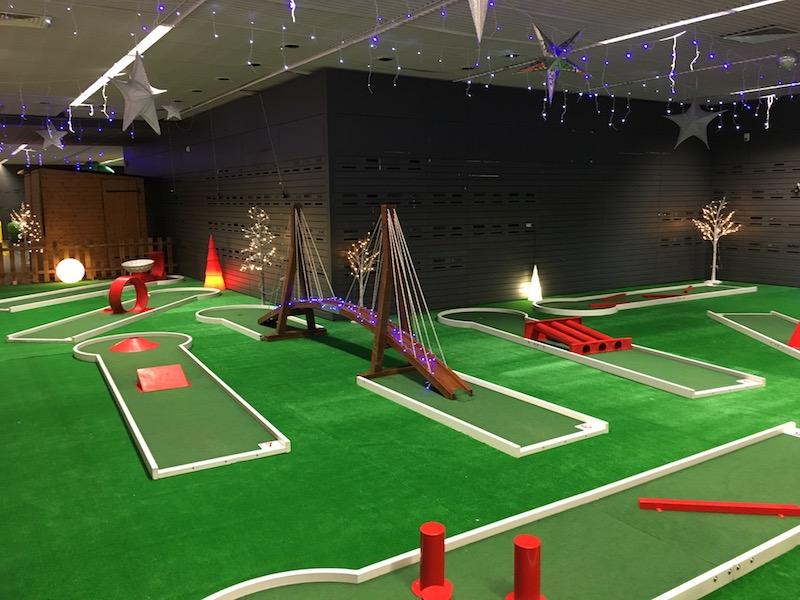 Louer des pistes des mini golf itinérante pour vos événements Professionnel.
