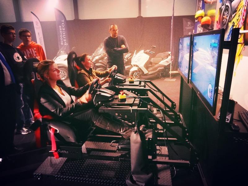 Prestation avec nos simulateurs de voitures Nantes
