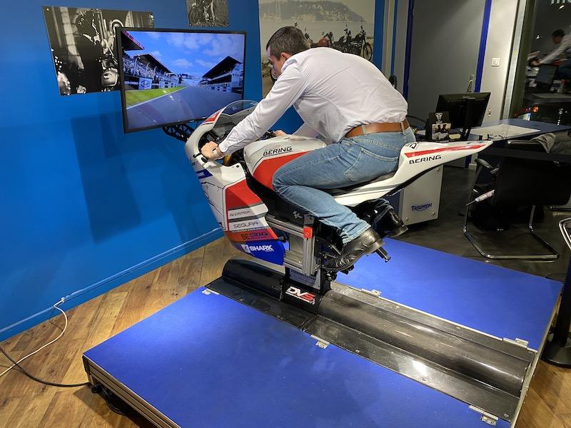 Simulateur de moto GP disponible sur toute la France