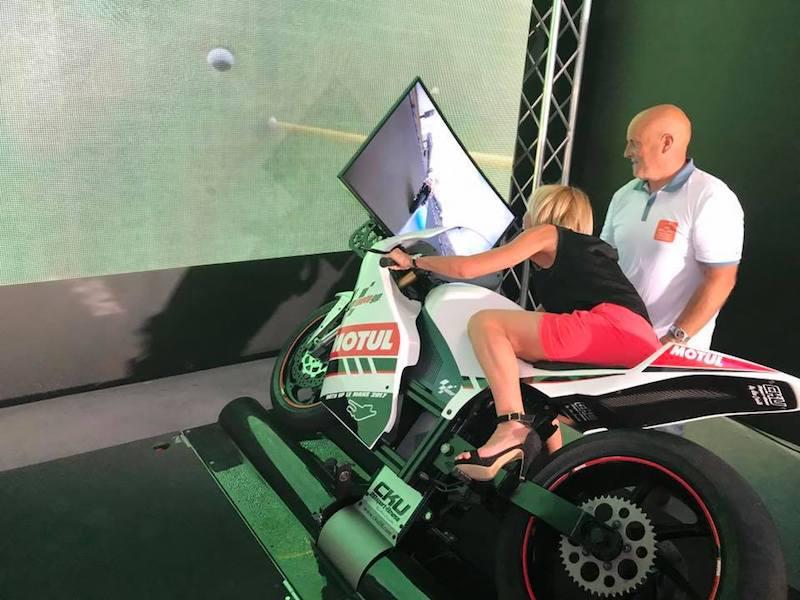 Simulateur de moto sur vérin avec Be Event Sensation