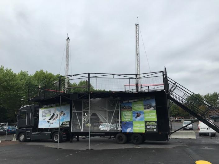 Installation de notre simulateur de chute libre à Angers pour une grande école de Commerce