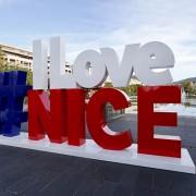Be Event Sensation S'installe à Nice avec la soufflerie mobile.