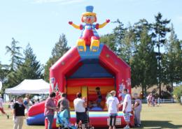 Découvrez la structure gonflable château clown avec Be Event Sensation